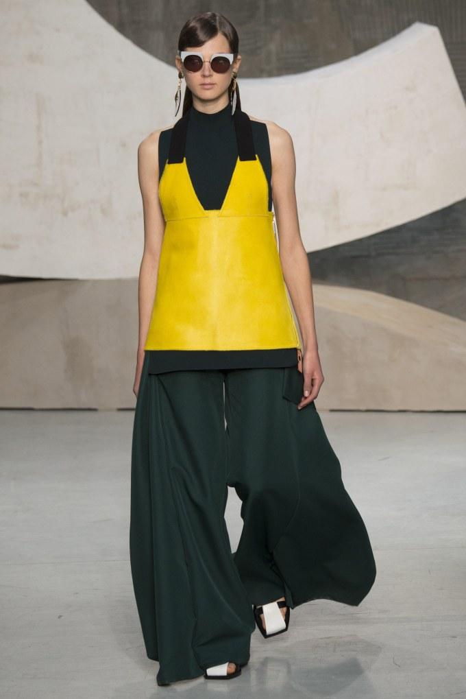 _MAR0043 diseñar vestidos sencillos
